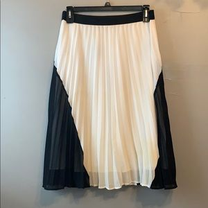 Pleated chiffon a-line skirt, black & white